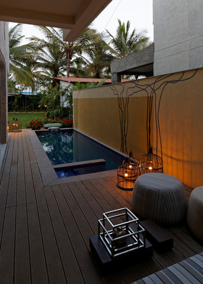Contemporary Swimming Pool by Fulcrum Studio