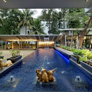 Modelo de piscina con fuente alargada, asiática, grande, rectangular