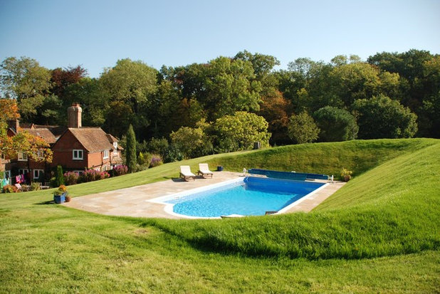 Traditional Pool by XL Pools