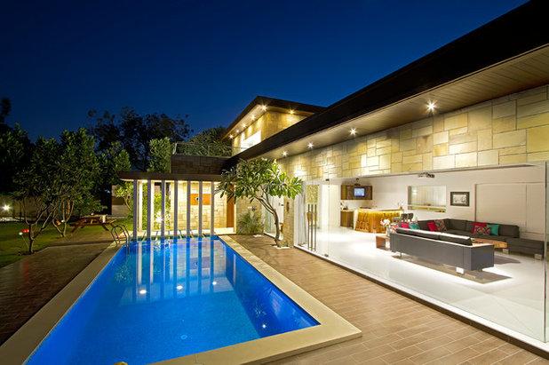 Contemporary Swimming Pool by Usine Studio