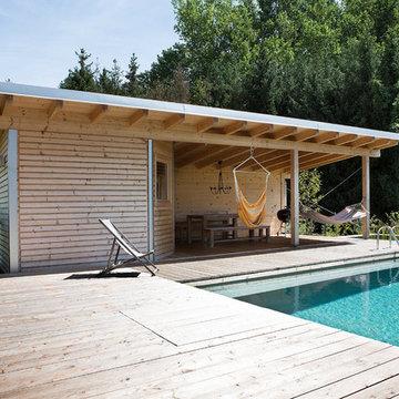 Pool Room With Sauna