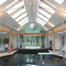 Contemporary Pool by INSPIRATION Chartered Architects