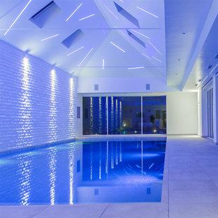Idee per una piscina coperta design rettangolare