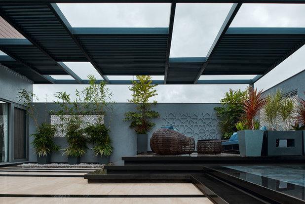 Contemporary Terrace by Fadd Studio