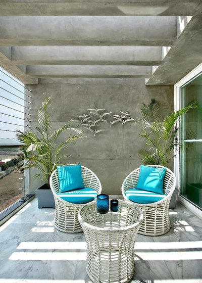 Contemporary Balcony by Dipen Gada and Associates