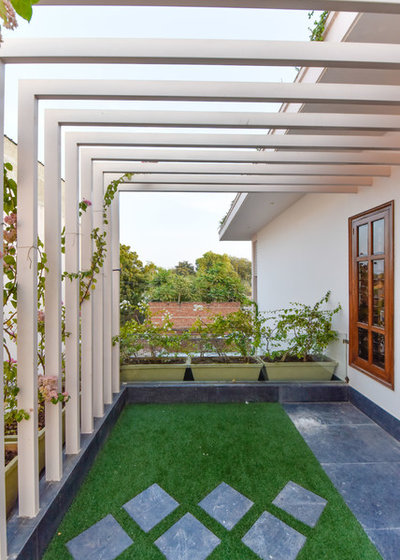 Indian Balcony by VB Design Studio