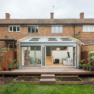 Photo of a small contemporary back terrace in London with no cover.