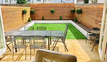 Bright Extension onto Garden