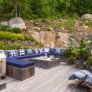 Inspiration for a beach style deck remodel in Montreal