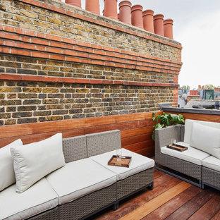Idee per una piccola terrazza contemporanea sul tetto con un pontile e nessuna copertura