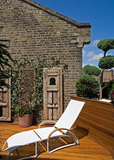 Contemporary Terrace by STEPHEN FLETCHER ARCHITECTS