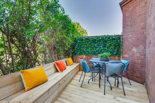Contemporain Terrasse en Bois by Oakman Architecture Limited
