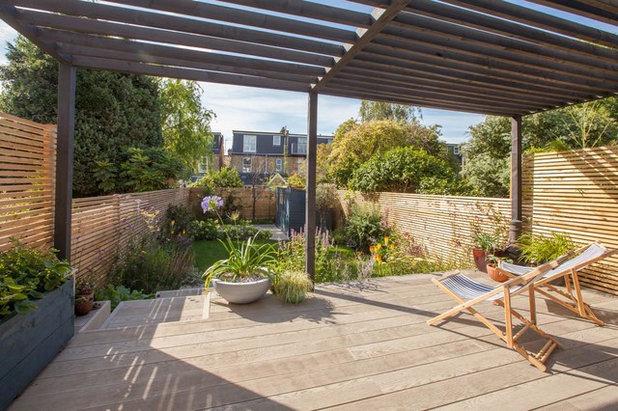 Contemporary Terrace & Balcony by Simon Orchard Garden Design