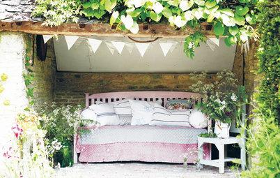 Sommartid: Välkomna ut dina innemöbler till trädgården eller balkongen