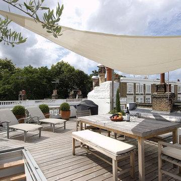 Minimalist contemporary City terrace