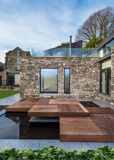 Contemporary Deck by Brian Ormerod Photographer