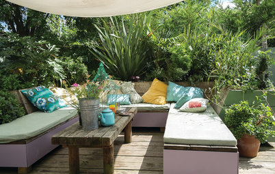 Houzz Call: Where (and What) Are You Reading This Summer?