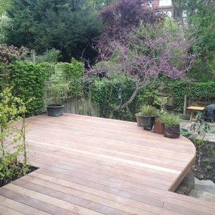 Inspiration for a mid-sized victorian backyard deck remodel in London