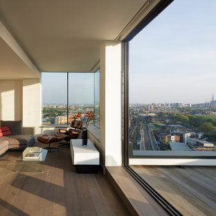 This is an example of a medium sized contemporary terrace and balcony in London.