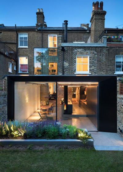 Modern Terrasse by Finkernagel Ross GmbH