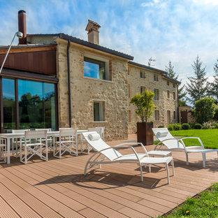 Immagine di terrazze e balconi mediterranei di medie dimensioni e dietro casa
