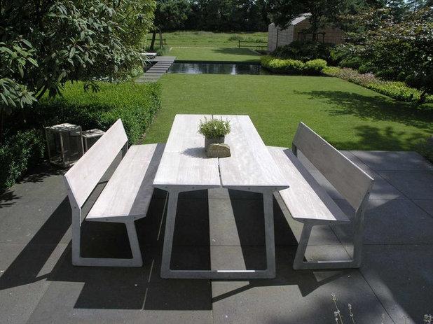 rasen richtig anlegen und pflegen so gedeiht der gr ne teppich. Black Bedroom Furniture Sets. Home Design Ideas
