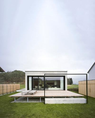 Minimalistisch Terrasse by KPT Architekten