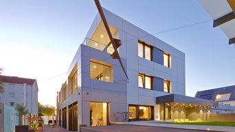 Erweiterung, Umbau und Modernisierung eines Dreifamilienhauses (KfW 55)