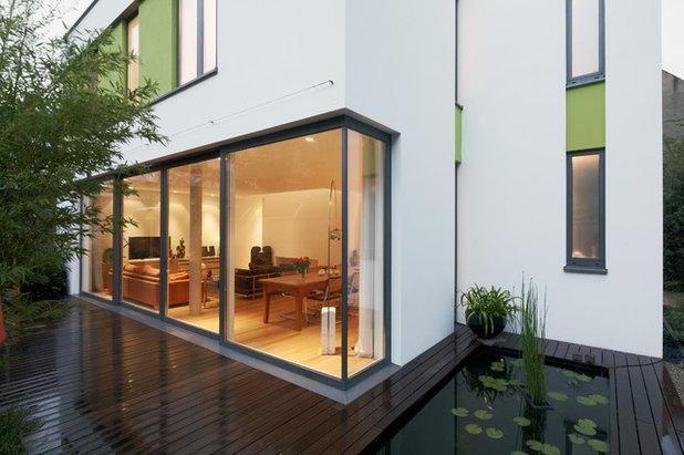 Modern Terrasse by Ewen Architektur Innenarchitektur