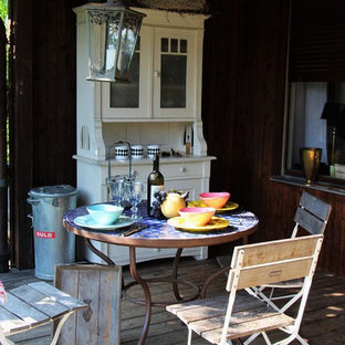 Inspiration for a medium sized shabby-chic style back terrace and balcony in Munich with an outdoor kitchen and no cover.