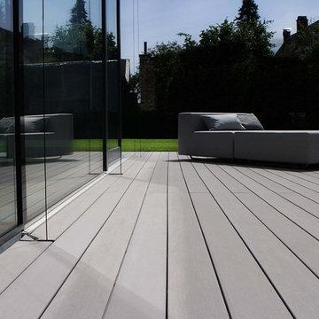 Modernes Design - zeitlose Terrasse mit WPC Terrassendielen