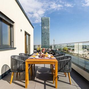 Unbedeckte, Mittelgroße Moderne Dachterrasse im Dach in München
