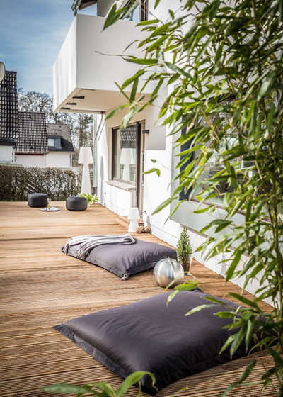 Modern Terrasse by MOO CONCEPT HomeStaging & ReDesign