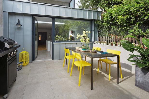 Contemporary Terrace Umbau und Modernisierung von Altbau in Bonn