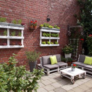 Immagine di una terrazza shabby-chic style