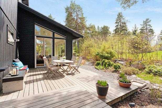 zum mittsommer die 24 sch nsten sommerh user in skandinavien. Black Bedroom Furniture Sets. Home Design Ideas