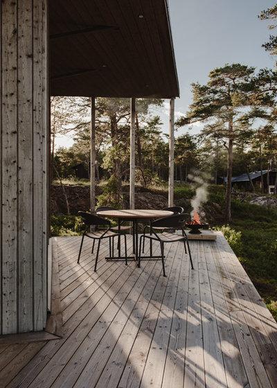 Scandinavian Deck by Nadja Endler   Photography
