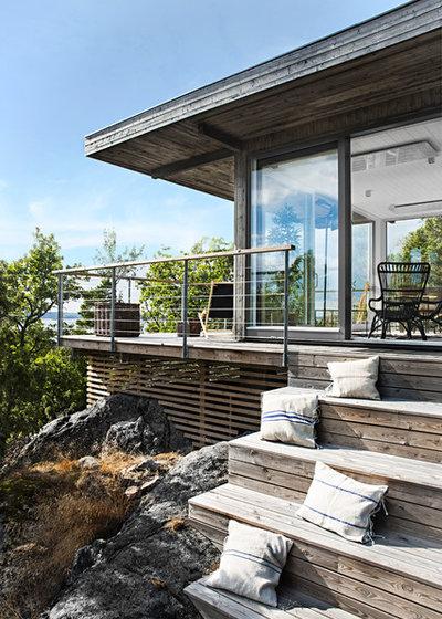 Skandinavisk Trädäck by Sommarnöjen