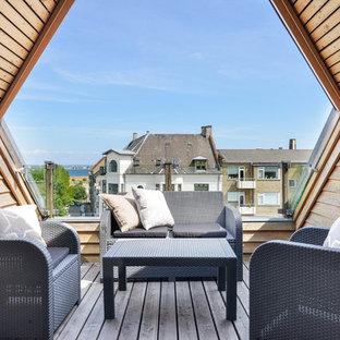 Immagine di terrazze e balconi nordici di medie dimensioni