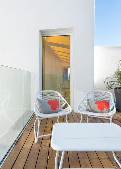 Contemporáneo Terraza y balcón by Jours & Nuits