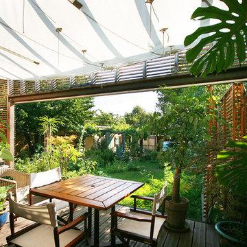 Contemporain Terrasse En Bois Et Balcon