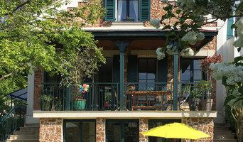 Extension du rez-de-jardin et de la terrasse d'une maison en meulières
