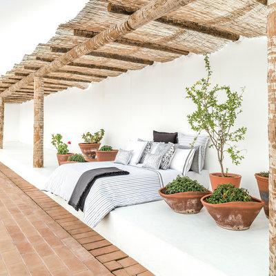 Moderne Terrasse et Patio by KSL LIVING