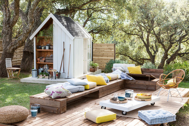 See how outdoor seating areas can inspire you to get outside - Leroy merlin arbor ...