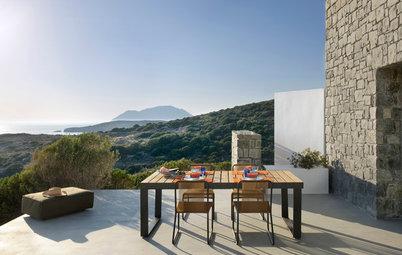 Visite Privée : À Milos, une villa de rêve dans un cadre idyllique