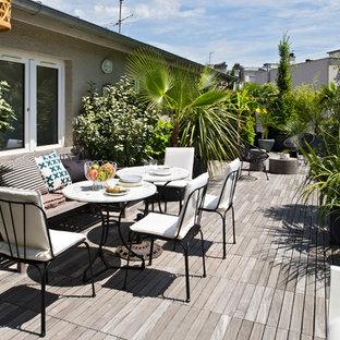 Aménagement d'une terrasse contemporaine de taille moyenne avec aucune couverture.