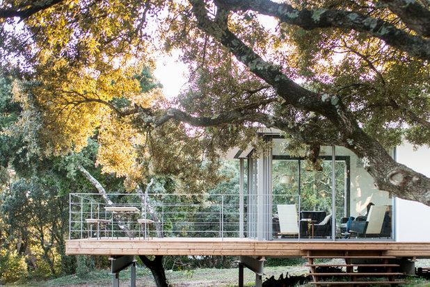 Moderne Terrasse en Bois by Jours & Nuits