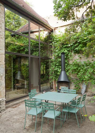 comment nettoyer un barbecue grilles et l 39 entretenir. Black Bedroom Furniture Sets. Home Design Ideas