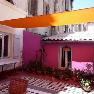 Une Terrasse bleue et rose en ville, ou comment valoriser son bien !