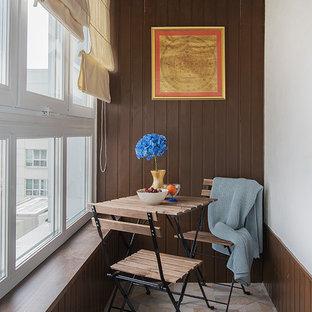 Неиссякаемый источник вдохновения для домашнего уюта: маленькая терраса в морском стиле с стандартным потолком и разноцветным полом без камина